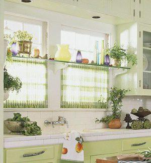 Шторы на кухню короткие