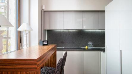 Гарнитур на маленькой кухне: быть или не быть?