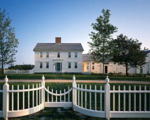 ffd180d20097c687_3156-w550-h440-b0-p0--farmhouse-exterior