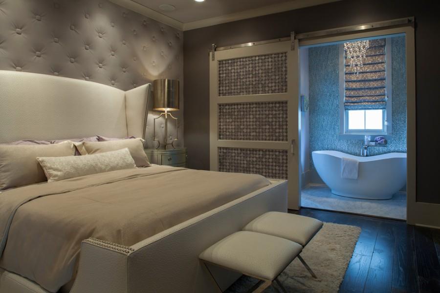 Интерьер спальни и ванной комнаты