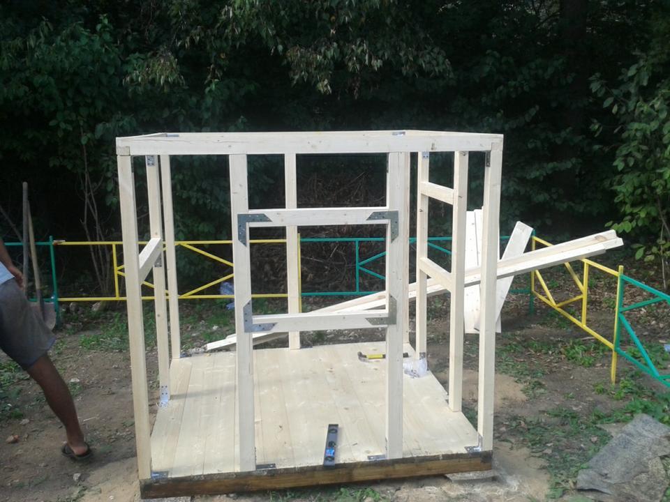 Как построить домик на даче поэтапно