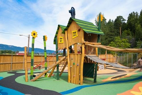 детский городок на даче