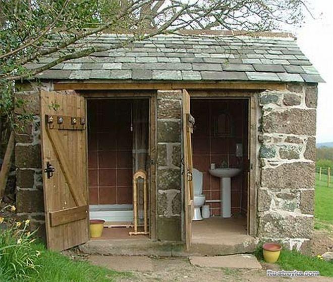 Постройки на участке дачный туалет своими руками