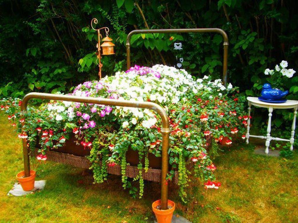 Идеи для сада своими руками Как украсить свой сад -…
