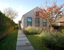 Загадка дома в деревенском стиле