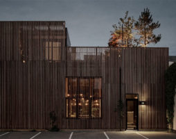 Лофт-проект: трансформация от склада к роскошному дому