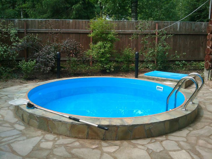 недорогой бассейн для дачи