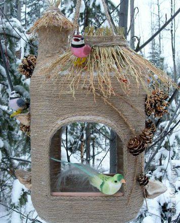 Кормушки для птиц своими руками из под сока