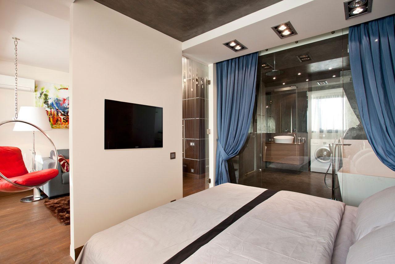 Интерьер спальни фото с перегородкой
