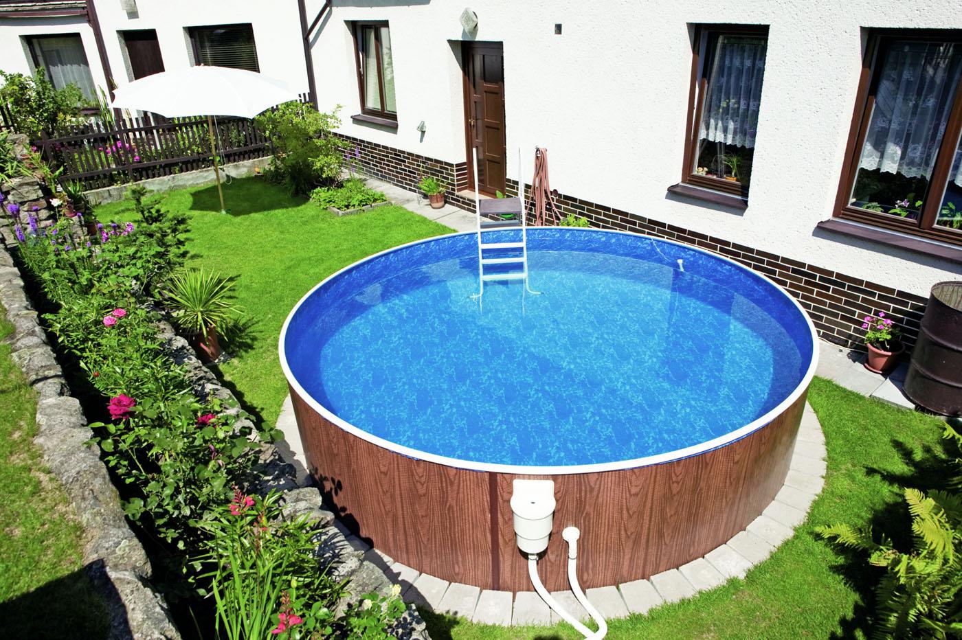 Как выбрать место под бассейн