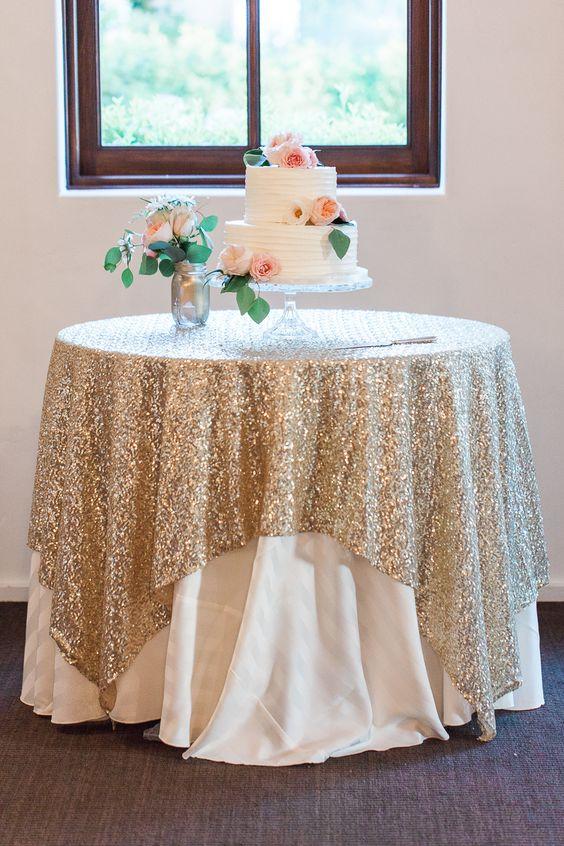 Декорирование стола тканью