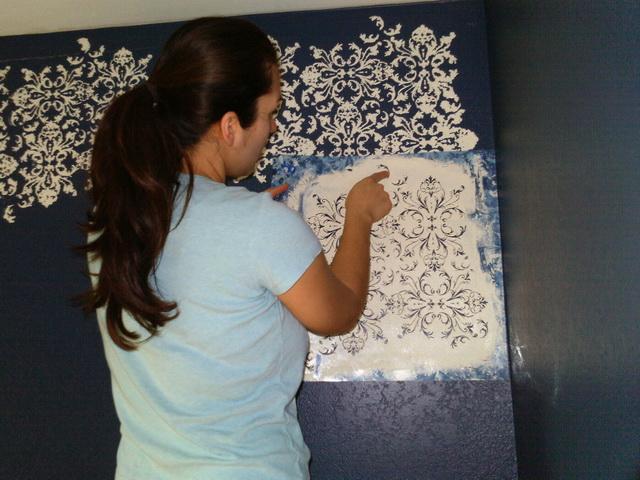 Как нанести на стену рисунок