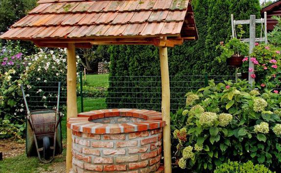 Дизайн колодца на даче своими руками фото 52