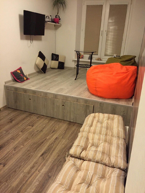 Подиум для дивана своими руками