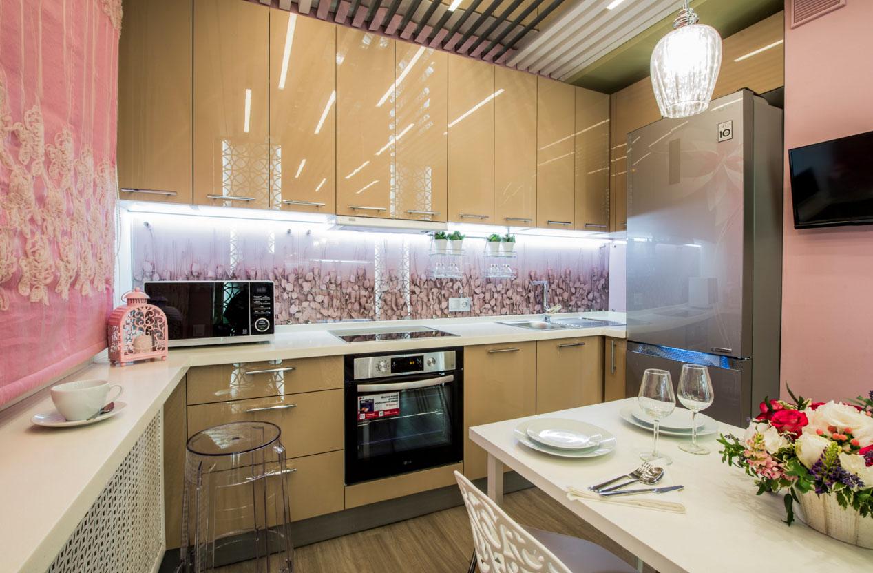 образцы стеклянных фартуков для кухни фото образом