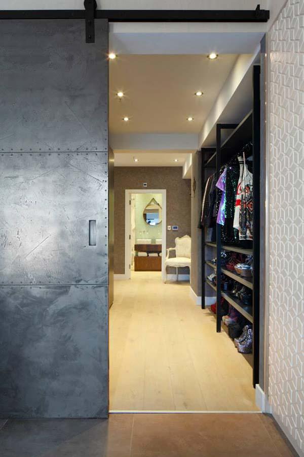 Luxury-Apartment-in-Soho-Fine-Edge-Designs-13
