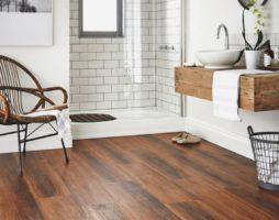 Деревянный пол в ванной, деревянные полы в ванной комнате