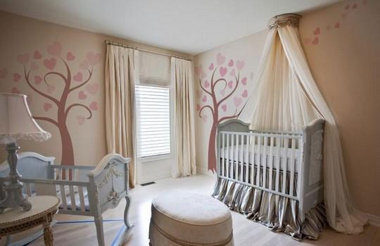 декорируем детскую кроватку