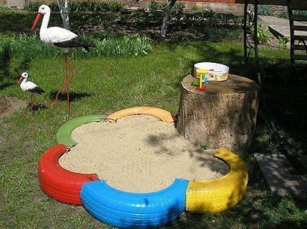 Песочница с покрышек своими руками