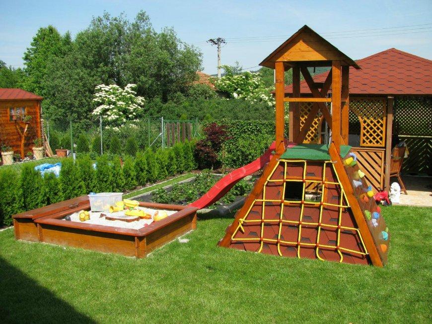 Сделать площадку для детей на даче своими руками 71