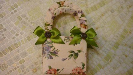 Идея: Как сделать красивую подарочную упаковку из пакета молока?