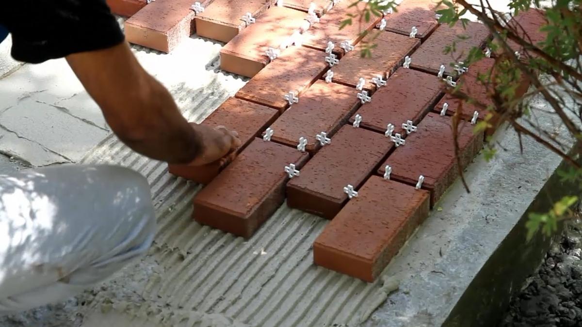 Укладка тротуарной плитка своими руками 67