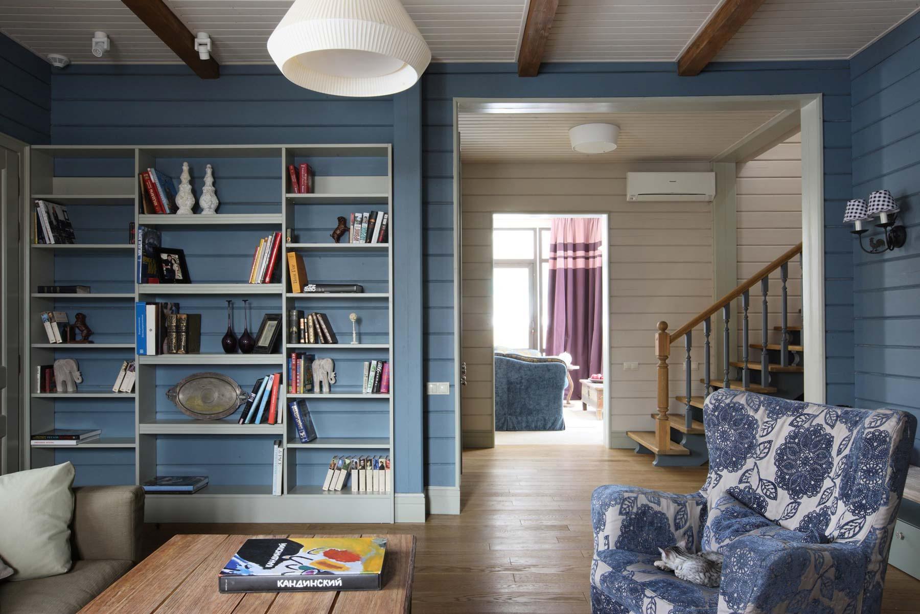 примеры покраски деревянных домов внутри фото еще