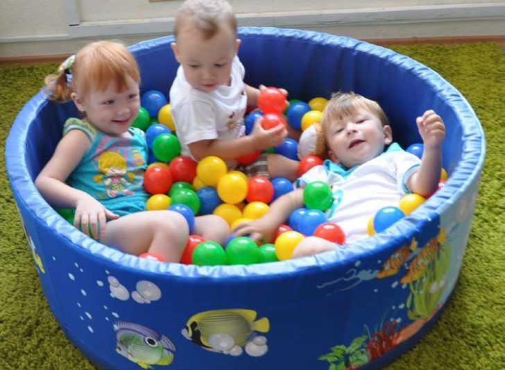 Сухой бассейн своими руками для детей 114