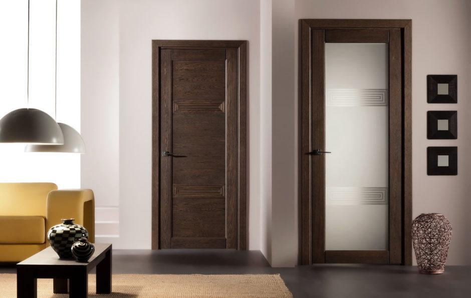 Фото темные двери в интерьере