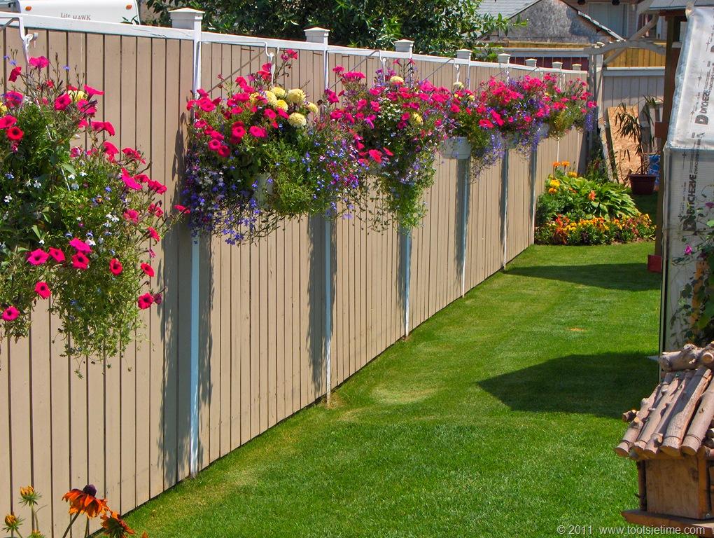Декор на забор своими руками 181