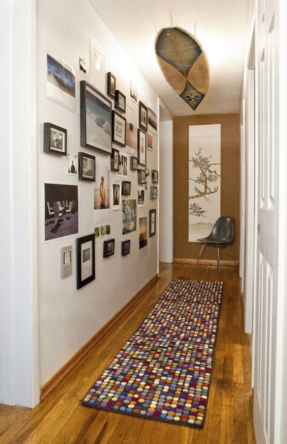 была еврейкой декор фотографиями на стенах коридора появились из-за