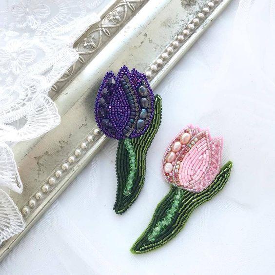 01-4 Цветы из бисера, техники плетения