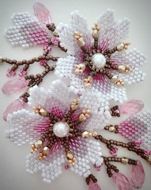 1-8 Цветы и букеты из бисера — Цветы букеты