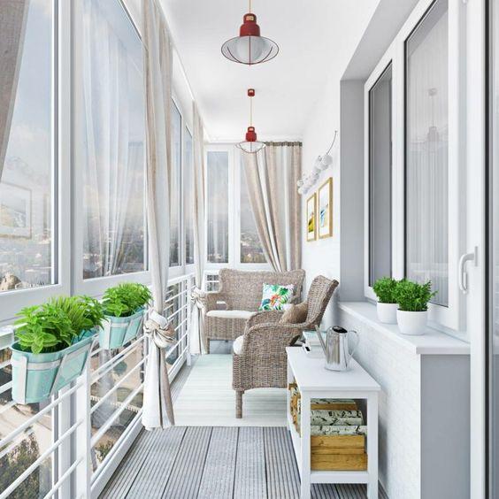 шторы на балконе