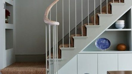 Виды балясин, их особенности, монтаж элементов лестницы