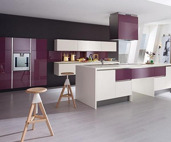 кухня в лиловом цвете