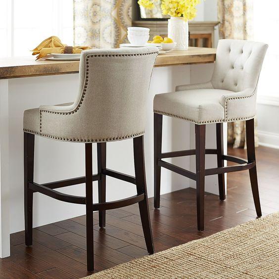 кожаная мебель в интерьере кухни