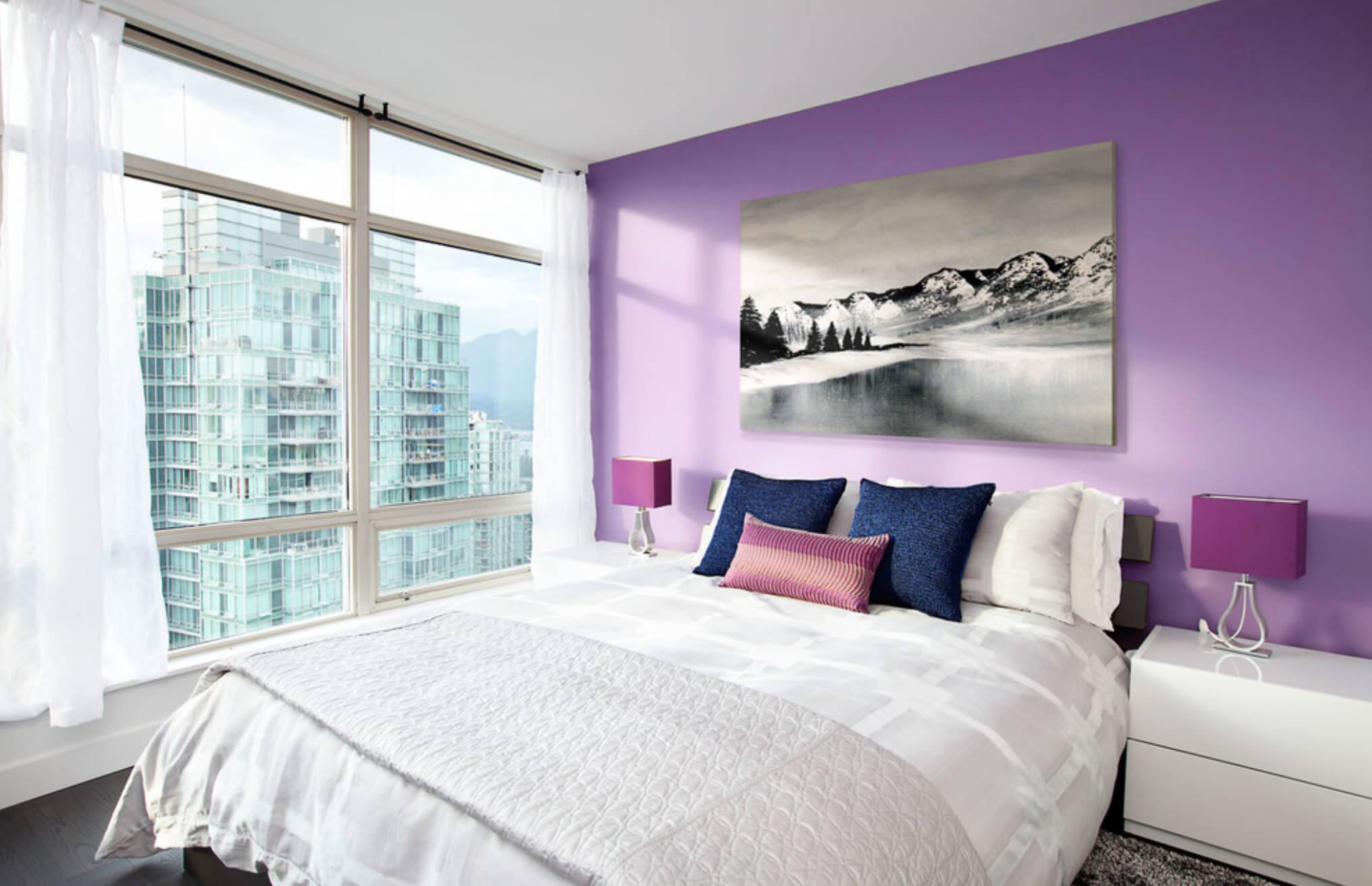 сиреневый цвет стен в спальне фото больших групп