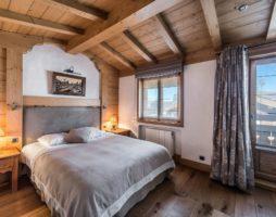 Максимальная комфортность спальни в деревенском стиле