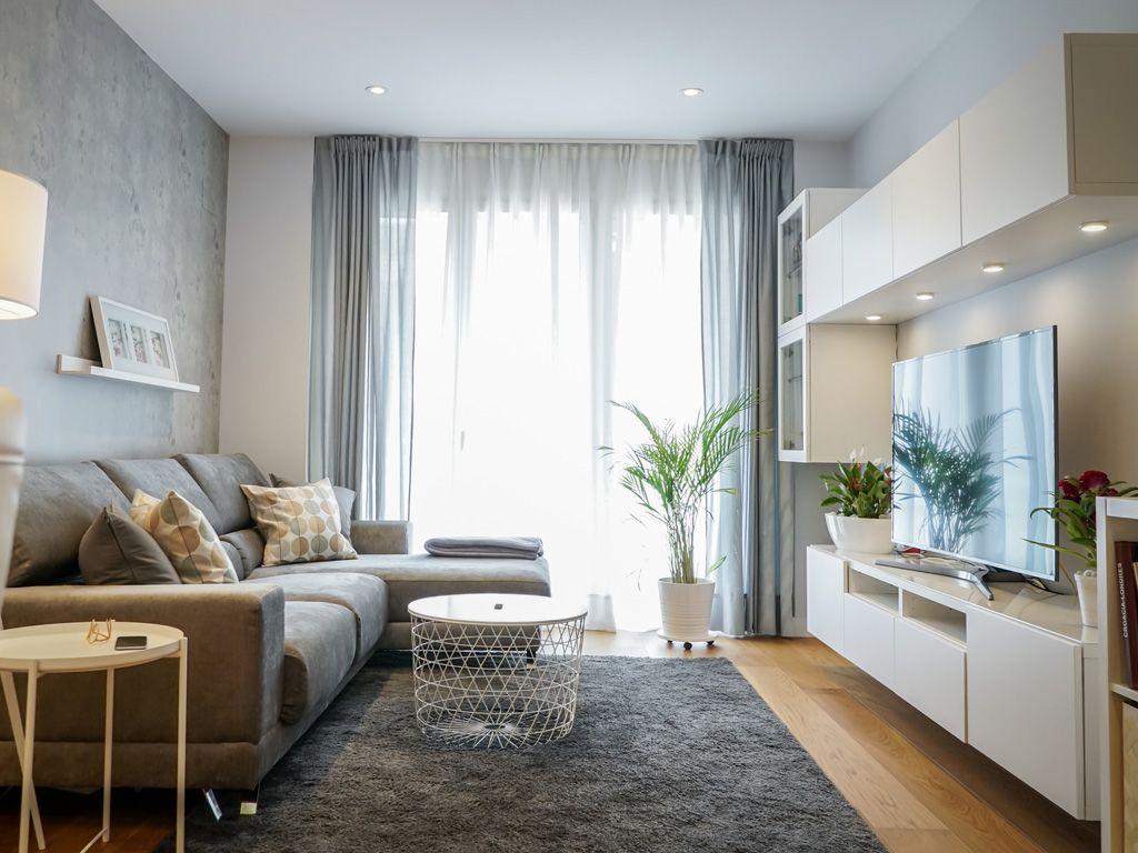 дизайн узкой гостиной с балконом фото республике