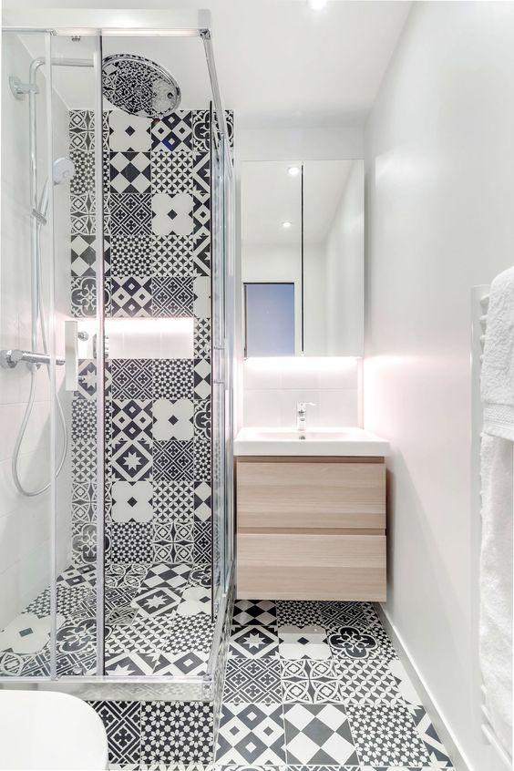 ванная в стиле пэчворк