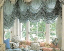 Французские шторы: способы эпатажной драпировки окон и элементарного пошива роскошного оконного убранства