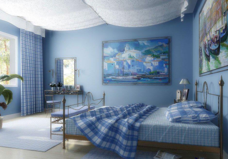 Стильные голубые обои в спальне