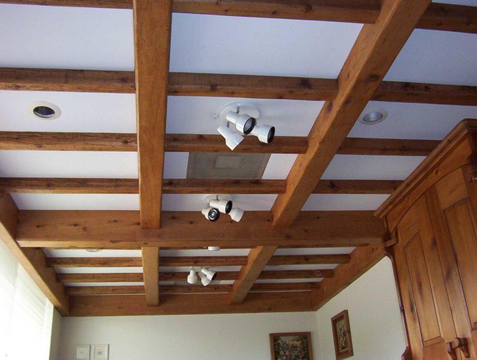 Потолок в спальне в японском стиле