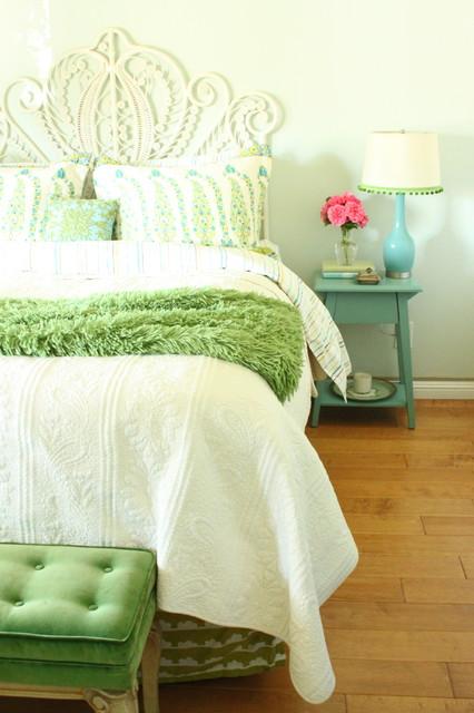 спальня в салатовом цвете