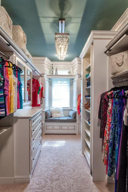 проекты гардеробных комнат