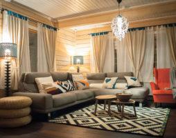Устройство гостиной в деревянном доме